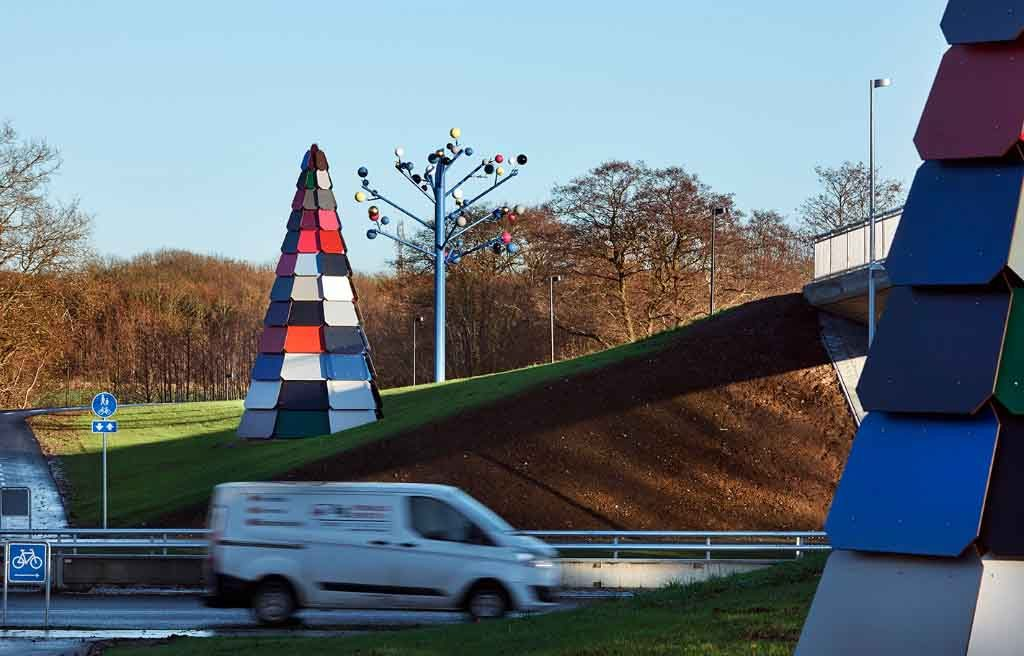 Skulpturgruppe Ved Brombærstien,Peter Holm 2015,udsmykning ,Munkebjergvej, Odense,art In Public Spaces
